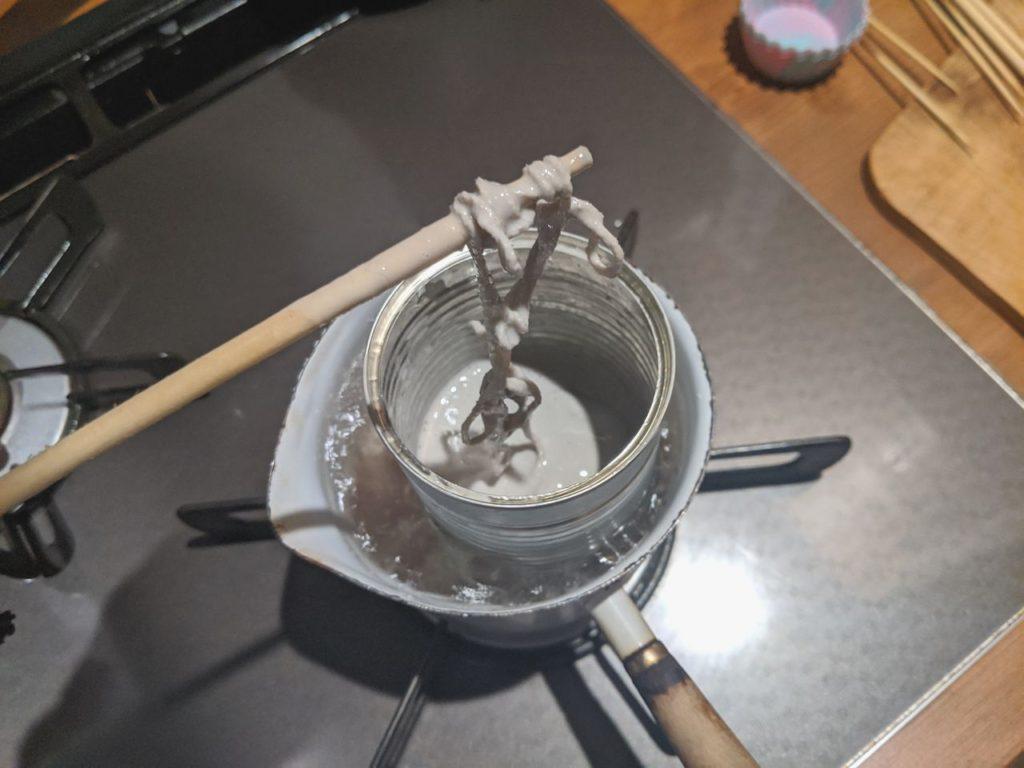 [失敗]剥がしたサーフワックスでキャンドルを自作した話