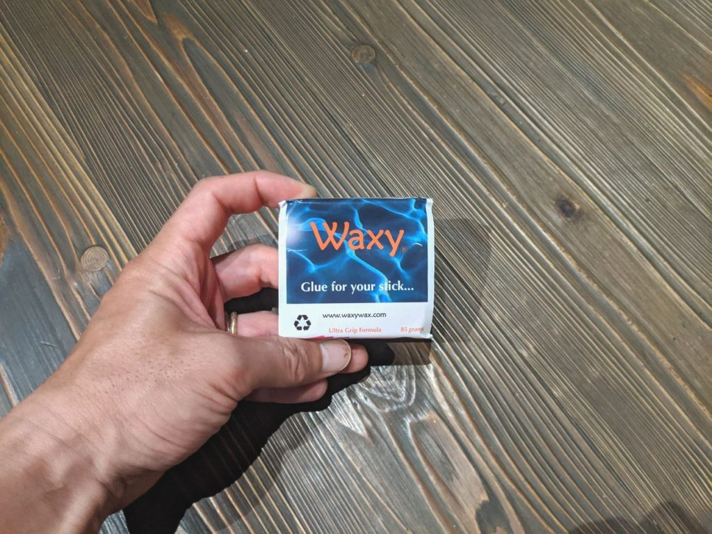 [レビュー] WAXY WAXってサーフワックスどうよ?