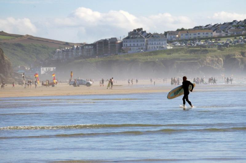 初心者サーファー波待ち場所「波を待っている」と「待っている波」